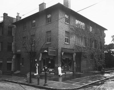 Charlotte Street Drug. photo